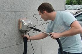 graffiti-removal-on-polished-granite-7c